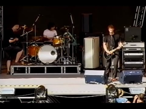 Queens Of The Stone Age - You Would Know Live