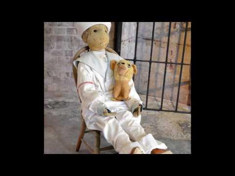 Робърт - Обладаната кукла...