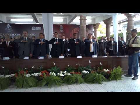 Periodistas y reporteros de Uruapan se manifiestan frente a Gobernador de Michoacán
