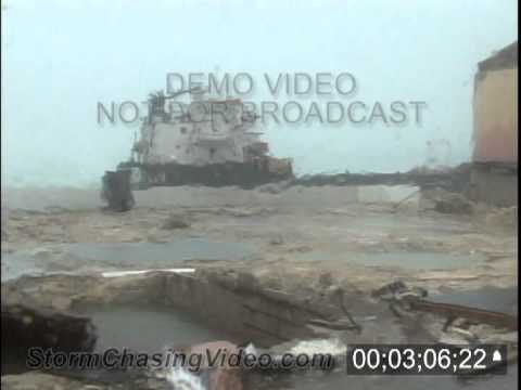 Hurricane Irene hits Nassau Bahamas