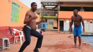 FUNNIEST AFRICAN DANCE MOVES EVER LOL