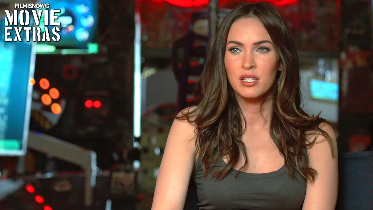 Teenage Mutant Ninja Turtles: Out of the Shadows | On-set with Megan Fox 'April O'Neil' [Interview]