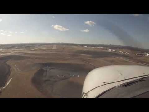 Cessna 172 Landing at Nashville International Airport (BNA) [N434EP]