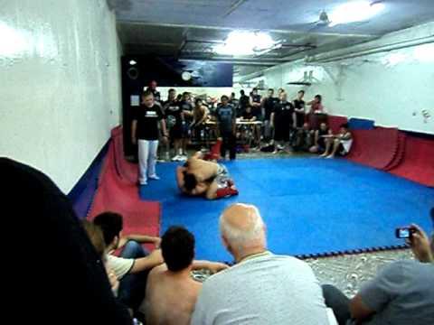 Facundo Donato pelea MMA