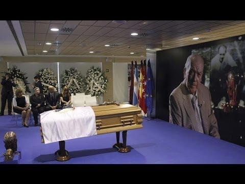 Abierta la capilla ardiente de Alfredo Di Stéfano en el Bernabéu