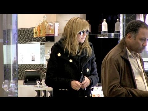 Heidi Klum and boyfriend Vito Schnabel shopping and diner Paris