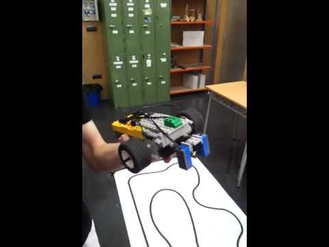 ROBOT LEGO TECNOLOGIA INDUSTRIAL 1 por Pedro y Josstin