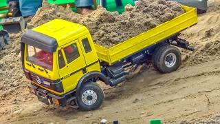 BIG RC machine ACTION at the construction site! Liebherr! MAN! Mercedes!