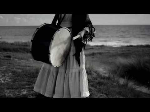 Cecile Corbel - La Fille Damnee