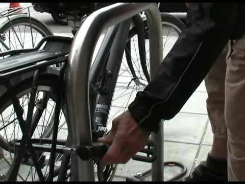 Beat The Thief: How not to lock your bike