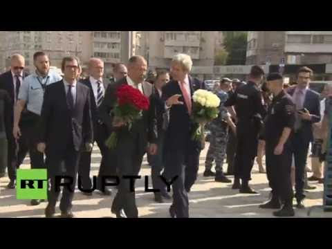 Russia: Lavrov and Kerry lay flowers for Nice victims at French embassy