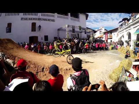 Crash Remy Metailler Taxco 2016