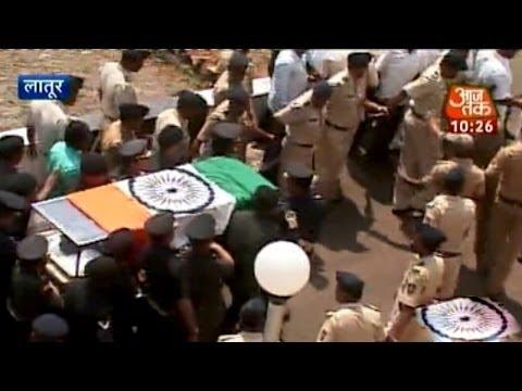 Gopinath Munde's funeral at Parli (Part 2)