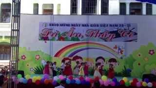 Bé múa 20.11.2015 nhà Thiếu nhi Đồng Nai