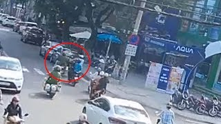 Cú va chạm khiến 2 cảnh sát trên ngã nhào trên đường phố Đà Nẵng