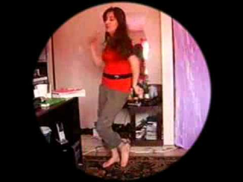 pakistani Girl sexy dance ---naghma made chal nara