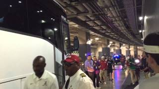 Alabama team bus arrives for 2015 opener with Wisconsin