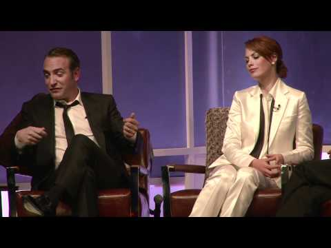 http://www.seeyourmemories.com/index.html Part of our continuing coverage of The Santa Barbara International Film Festival. Jean Dujardin & Berenice Bejo, st...