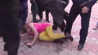 Pussy Riot Viciously Beaten [DISTURBING VIDEO]