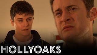 Hollyoaks: Ollie's Dilemma