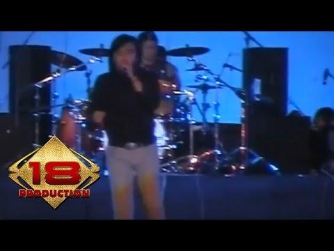 Ari Lasso - Mengejar Matahari (Live Konser Medan 22 Maret 2008)
