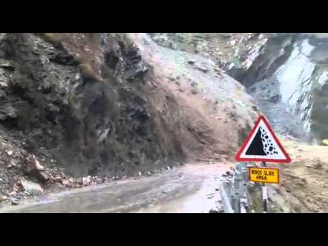 LANDSLIDES IN JAMMU SRINAGAR NATIONAL HIGHWAY