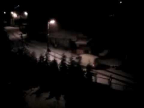 Istanbulda kar  üşengeç araba