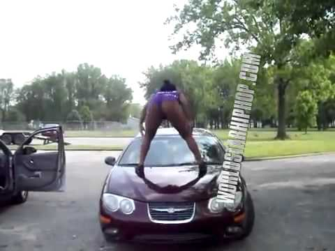 Ratchet Girl Twerking On The Hood Of Someone Else Car... Work Dattt Monkey