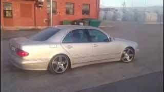 Mercedes-Benz E320 W210 Drifting