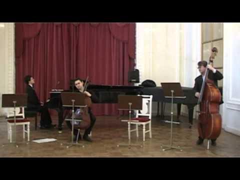 Dmitri N. Smirnov. Tango pour violoncelle, piano et contrebasse. Op. 161.