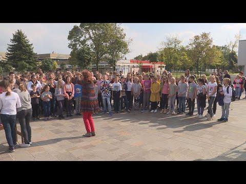 Közös népdaléneklés a Zene Világnapján