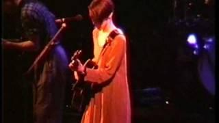Watch Suzanne Vega Wooden Horse video