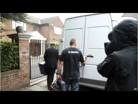 Pakistan MQM Leader Altaf Hussain Arrested In London MUST SEE
