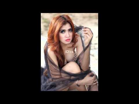 Hot Model Ayunia Elfahrez