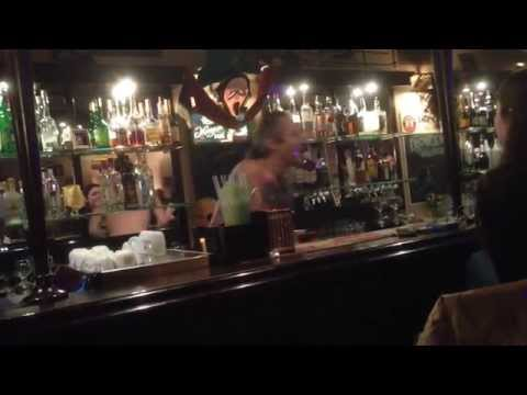 Безумный бармен рокер Санкт-Петербург / Crazy bartender Rocker St.Petersburg