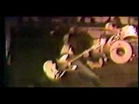 JOHNNY RAMONE ( RAMONES ) speaks about THE CLASH Part 2
