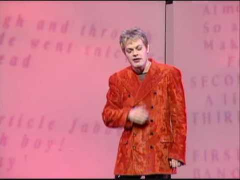 Eddie Izzard 'Looking Cool'