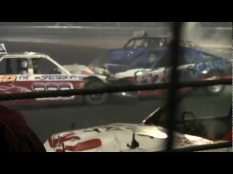 UK World Final 2011 - Banger racing