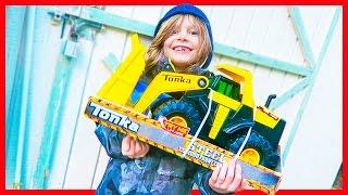 Construction Truck Videos for Children | Tonka Steel Loader Review
