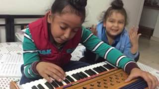 download lagu Vichola Kamal Khaira Harmonium gratis