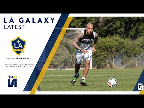 WATCH: Behind the scenes of Nigel De Jong's first day of training with the LA Galaxy | GALAXY LATEST
