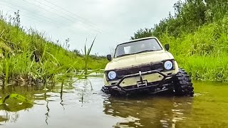 RC Crawler Truck gets wet during a stream adventure!