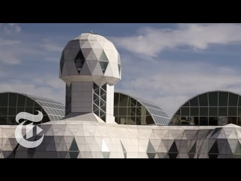 Biosphere 2: An American Space Odyssey - Retro Report