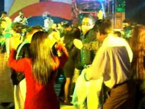 BAND KAYA LIVE HINDI SONG '' BANTE ''