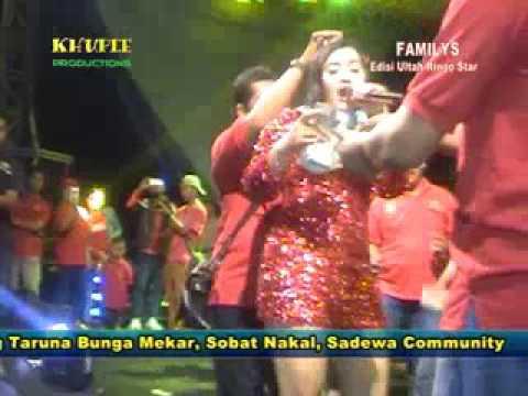 Familys Live Bunga Mekar / Dewi Anjelika Bercerai Muda  by khuple