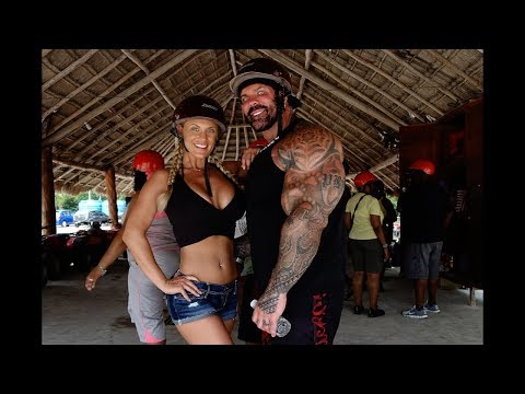 OUR TRAVELS: RICH PIANA & CHANEL IN CANCUN 2017