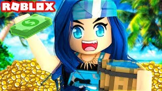 FINDING RARE TREASURE in Roblox Beach Simulator!
