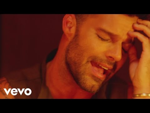 Ricky Martin - Perdóname (Official Video)