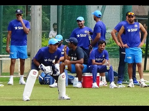 Dhoni bhai told me to work on my natural wicket keeping instincts says Wriddhiman Saha