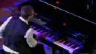 Watch David Archuleta Apologize video